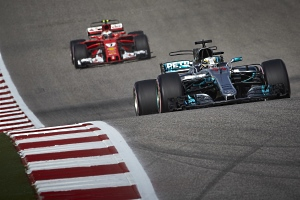GP USA - Qualifying - Lewis Hamilton auf Pole-Position-Kurs