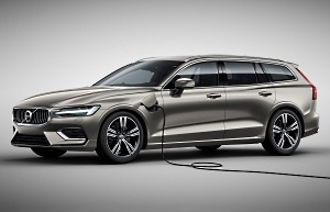 Volvo V60 T8 Twin Enging AWD: Zum Laden ans Stromkabel